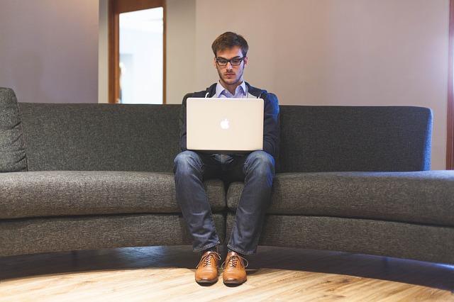 Perks vs. Benefits: Improving Your Company Culture
